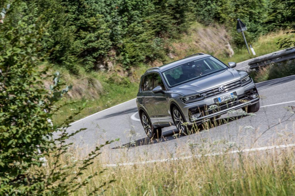 Volkswagen Tiguan 2.0 BiTDI DSG 4M R-Line